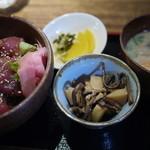 bodai - 料理写真:新鮮漬けまぐろ丼