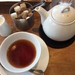 ラク カフェ - 紅茶でまったり♪