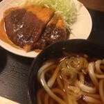 香月 - みそカツ定食(税込770円)