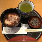 関寿庵 - 料理写真:ぜんざい 塩昆布 緑茶