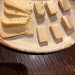 124109091 - チーズの味噌漬け