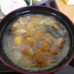 江戸家 - なめこたっぷりのお味噌汁