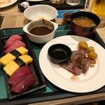 124125837 - ステーキと寿司