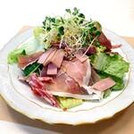 ラ・カンティーナ・カンチェーミ - サラダランチ(1,100円 +税)のサラダ