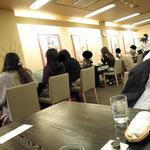 珈琲家あさぬま - 奥へ奥へ続く店内
