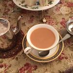 124141914 - 紅茶+ミルク