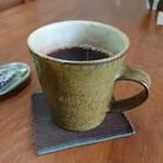 焙煎珈琲 まめ珈房 - 飲みやすく味わい深いカップ