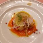 ピッツェリア・サバティーニ - スモークサーモンと魚介のマリネ