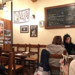 デリツィオーゾ フィレンツェ - 店内