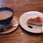 西條くぐり門珈琲店 - カフェオレ・ベイクドチーズケーキ