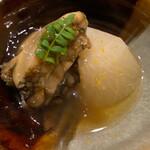 旬席 鈴江 - 淡路島の岩屋の蒸し鮑 木の芽と丸大根 柚子風味