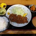 124187094 - マグロトロカツ定食(1000円)
