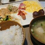 ベッセルホテル - 料理写真:ご飯とだご汁と