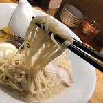 博多 一風堂 - 麺な固さは選べます。 慣れている方は替玉、ハリガネ〜など。