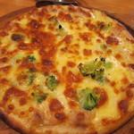 チャチャマル - レモン&ツナのピザ