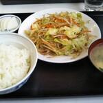 中国飯店一番 - 料理写真:野菜炒め定食