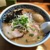 愚直 - 料理写真:とんこつラーメン+味玉