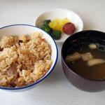 レストラン センカ - ライス、味噌汁