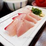 季節料理 魚吉  - ひゅうが飯の刺身