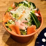 yakeichi-zunikubaruga-den - サーモンシーザーサラダ