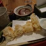 酒呑蕎食〆タグル - さつま芋とユリ根の天ぷら