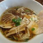 醤油と貝と麺 そして人と夢 - 料理写真:蛤生醤油ラーメン