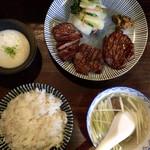 124264988 - 「牛たん定食」@1780+「麦飯増量」@50(税抜)