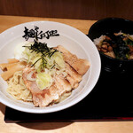 麺やケイジロウ - まぜ麺+炙りチャーシューと、チャーシュー丼