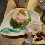 12427022 - 前菜:桜花胡麻豆腐・木の芽味噌