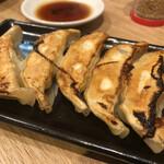 ラーメン まこと屋 - 焼餃子♪ 280円