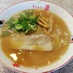 華 - 料理写真:ラーメン 650円