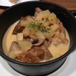 H.P.STYLE Kitchen - 豚肩肉のシードル煮