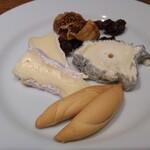 H.P.STYLE Kitchen - チーズの盛り合わせ