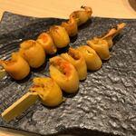 居酒屋 矢三朗 - ホヤの串焼き