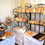 森のパン屋 - 店内