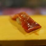 124283307 - 中トロ(煮切り/シャリは赤酢)