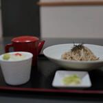 そば処 東南屋 - 冷たいお蕎麦(¥650税込み)