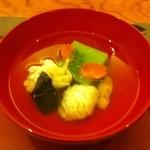 12429627 - うすい豆腐とオコゼのお椀