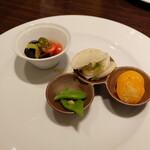 チャイニーズダイニング ミユ - お昼のコース(税サ込み4840円)の前菜のうちの4種