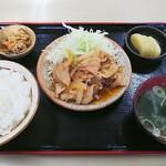 124303006 - 焼肉定食