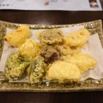 隠れ岩松 - 野菜の天ぷら盛合せ