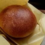 SUN - あんパン 160円