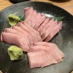 とやま鮨 - 一皿 2940円の寒鰤