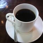 ミシュ ミシュ - ホットコーヒー、カップは高さがあって かなり入っています(お得♪)