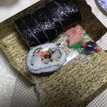 辨慶 - 料理写真:大名巻き1,500円(税抜き)・切ってあります。