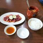もりしげ - 料理写真:カルビ冷麺セット