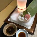 九兵衛旅館 - お造り:真フグ 本鮪 活生蛸