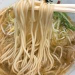 らーめん たいざん - えびしおの麺
