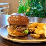 Tahitian Restaurant & Bar Papeete - マンゴー パイン バーガー(1,250円)