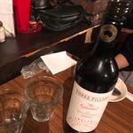Bistro ひつじや - 赤ワインボトル
